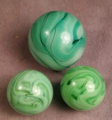 A study in swirls: green on green