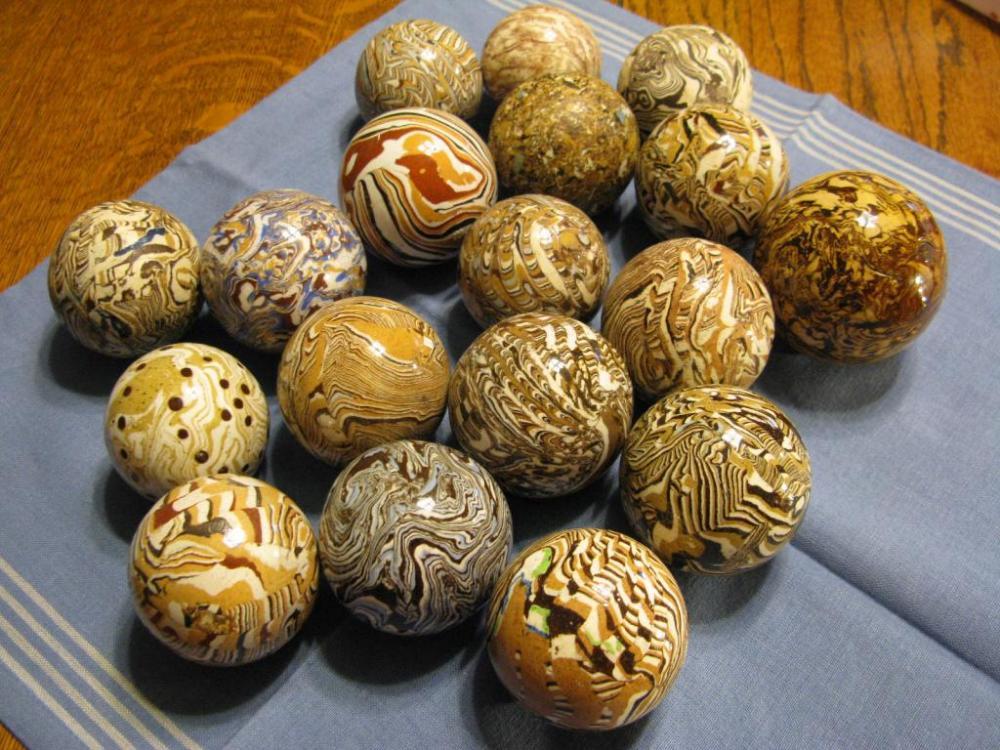 Agateware carpetbowlsand marbles 001 (110).JPG