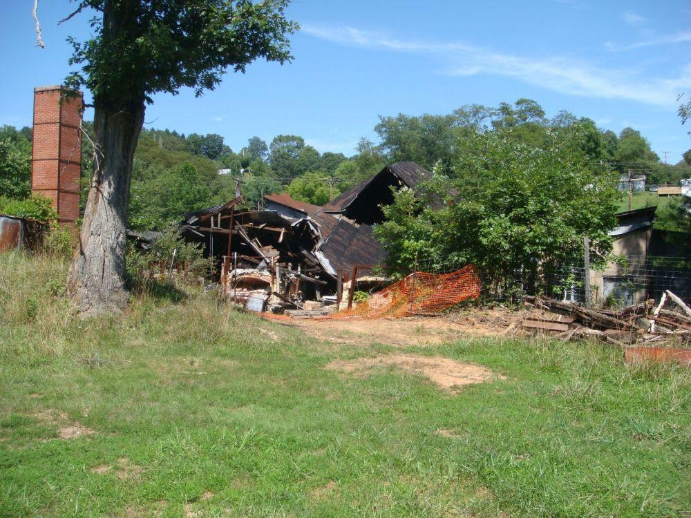 82478428_AlleyPennsboro-Sistersville7-2010003.thumb.jpg.fad656eb8f324be54f08752b6c14065b.jpg