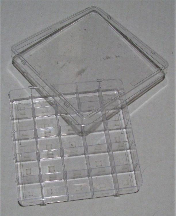 Display Case - Sm (25) 01.JPG